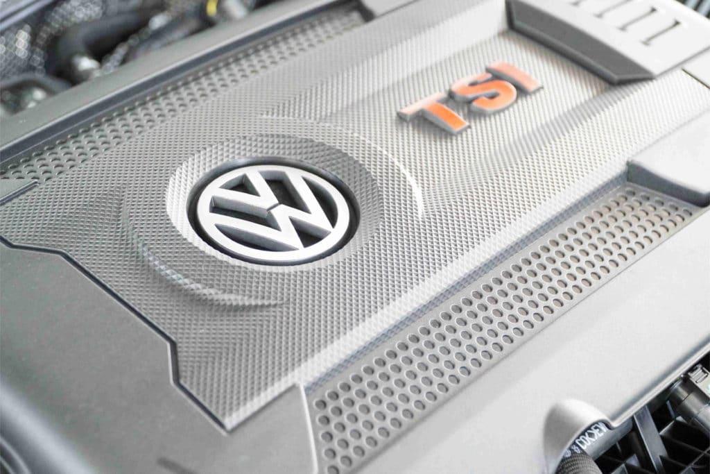 Zahnriemenwechsel bei einem VW Golf 5