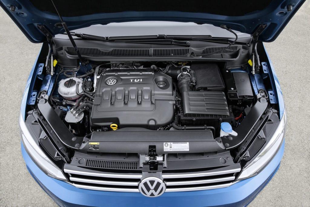 Inspektion bei einem VW Touran TDI