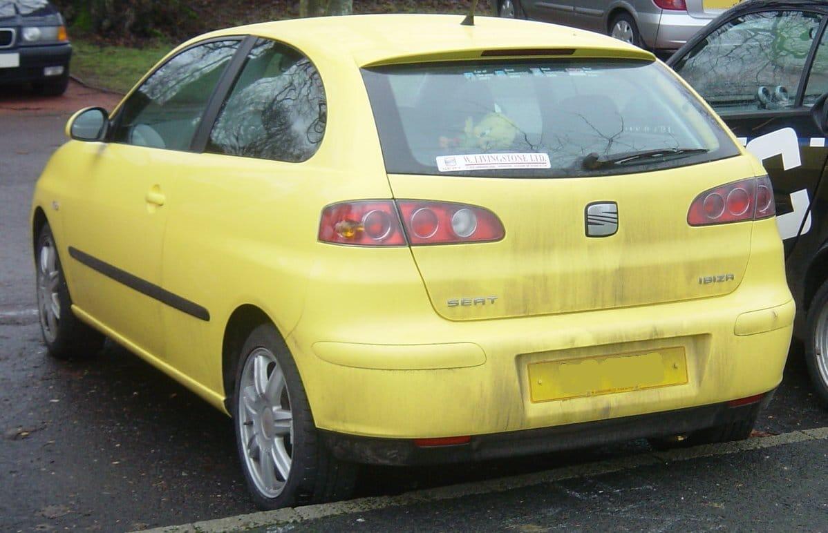 Inspektion bei einem Seat Ibiza III vom Typ 6L1