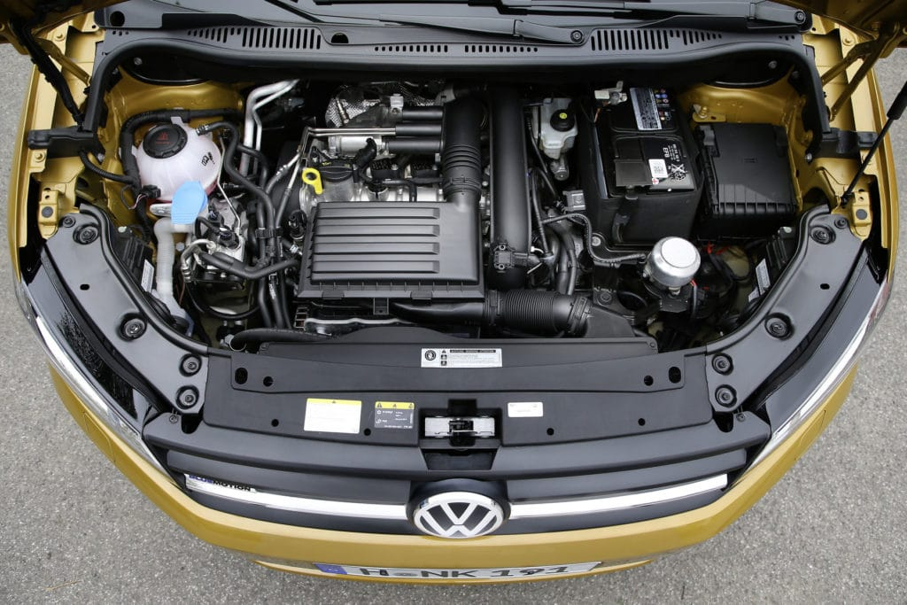 Inspektion bei einem VW Caddy