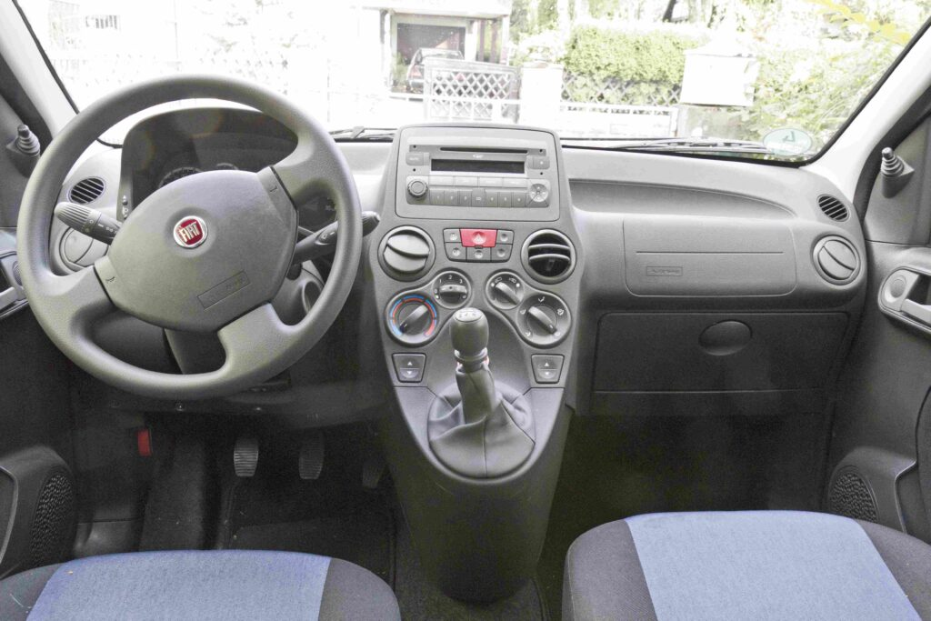 Für den Fiat Punto gibt es immer gleichbleibende Inspektionsintervalle