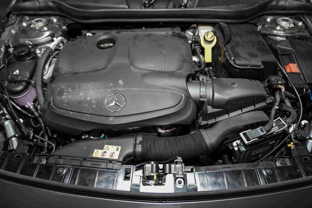 Die Kosten für Inspektionen bei der Mercedes-GLA Klasse hängen vom Arbeitsaufwand ab