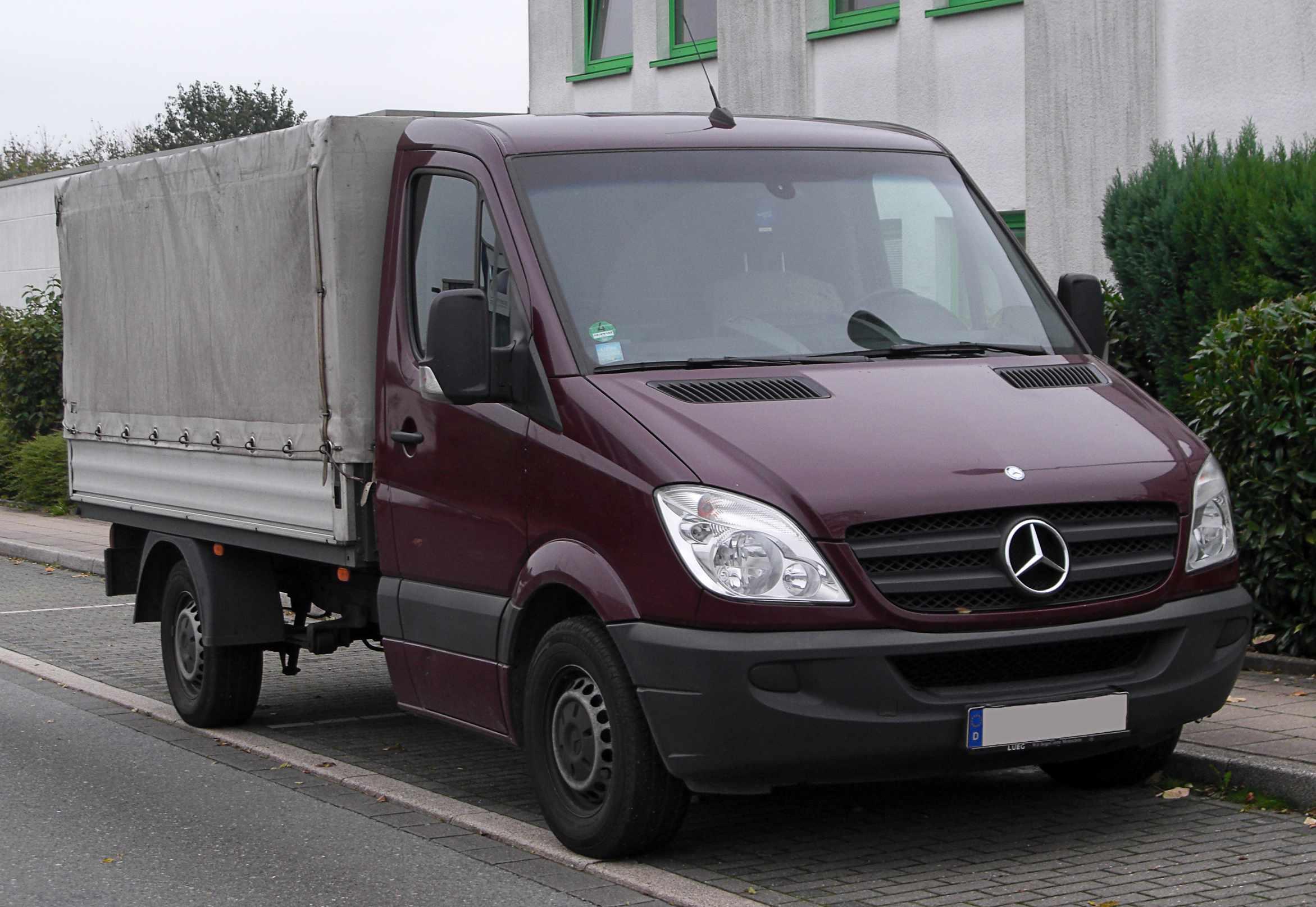 Mercedes Sprinter Pritsche 413 CDI