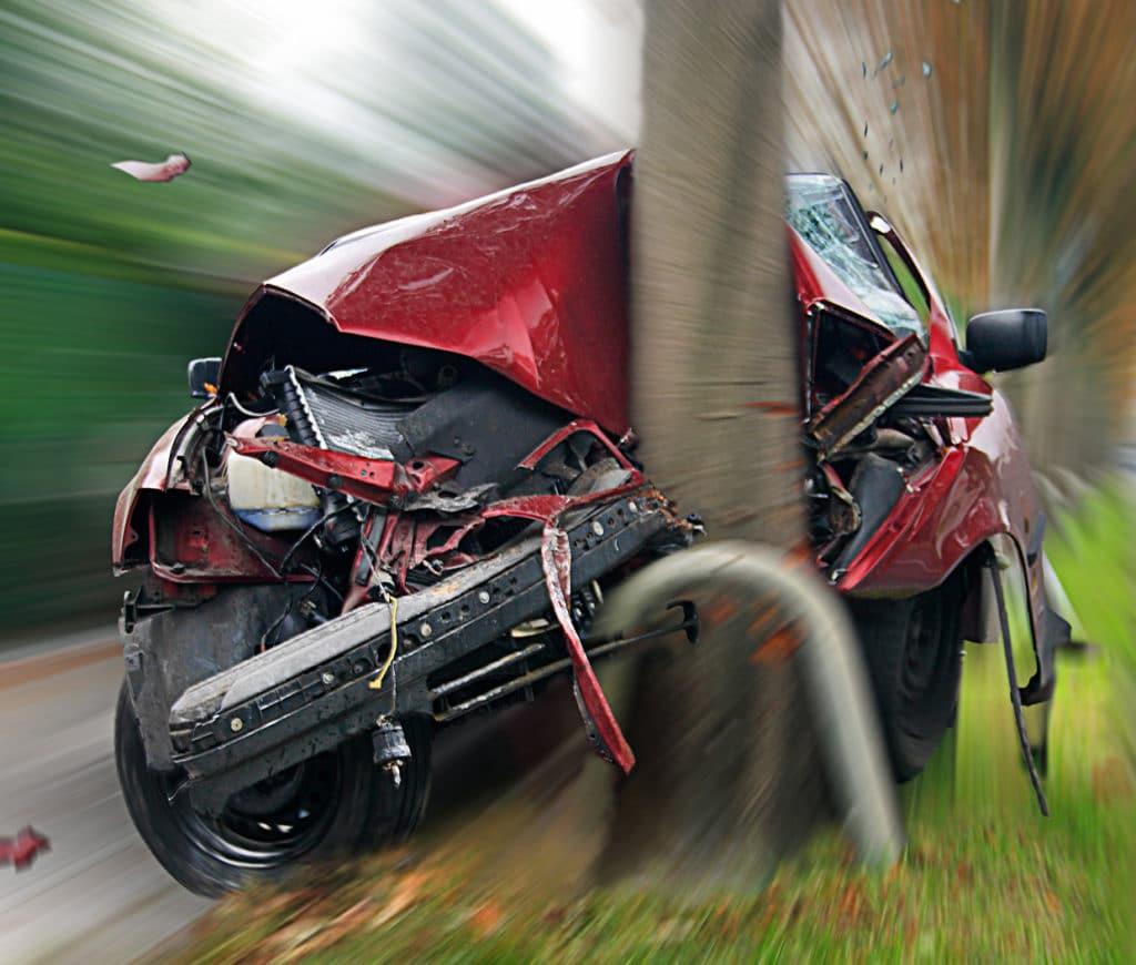 bei einem abgerissenen Spurstangenkopf stellen sich sofort die Räder quer