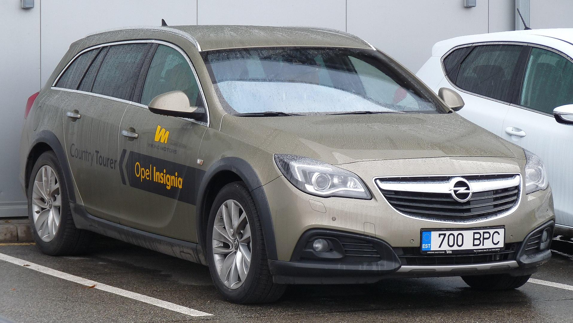 Inspektion bei einem Opel Insignia A Sports Tourer