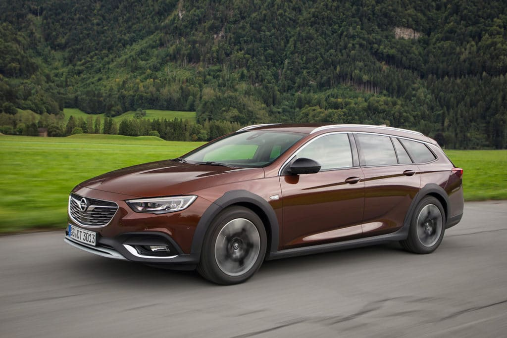 Opel Insignia B Country Tourer (Z18), Opel Insignia B Sports Tourer (Z18)