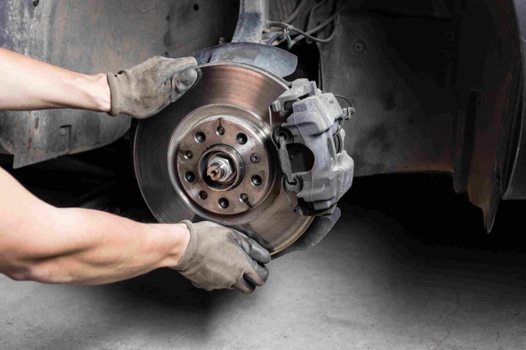 Vordere Bremsen beim Mazda 6 wechseln