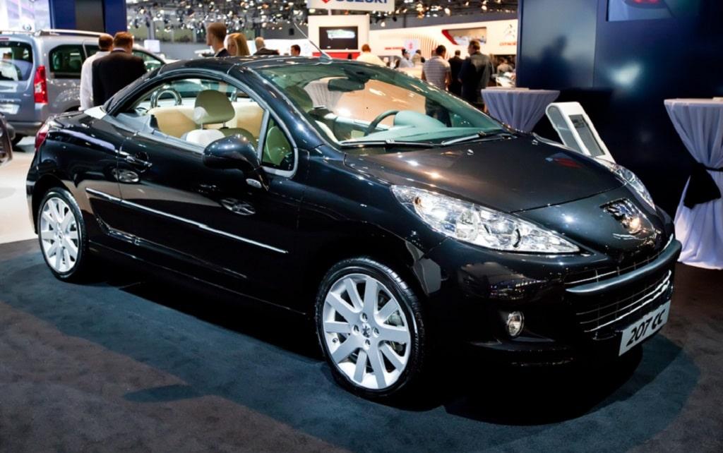 Zahnriemenwechsel beim Peugeot 207 CC