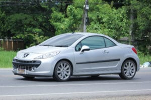 Wann muss der Zahnriemenwechsel beim Peugeot 207 gemacht werden
