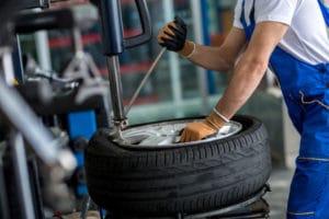 Reifen wechseln von Felge