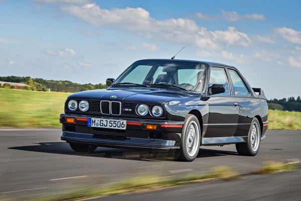 Inspektion bei einem BMW der 3er Reihe vom Typ E30