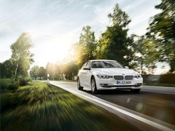Inspektion eines BMW der 3er Reihe vom Typ F30