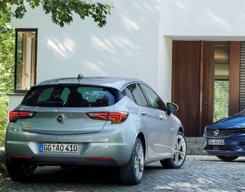 Inspektion bei einem Opel Astra