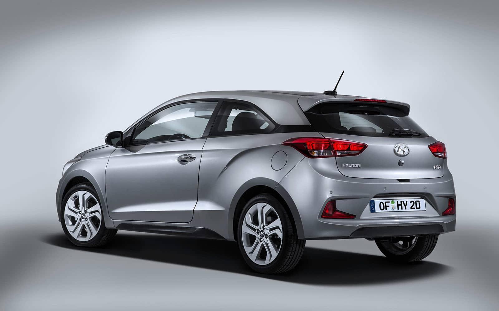 Inspektion bei einem Hyundai i20 Coupe Typ GB 2015