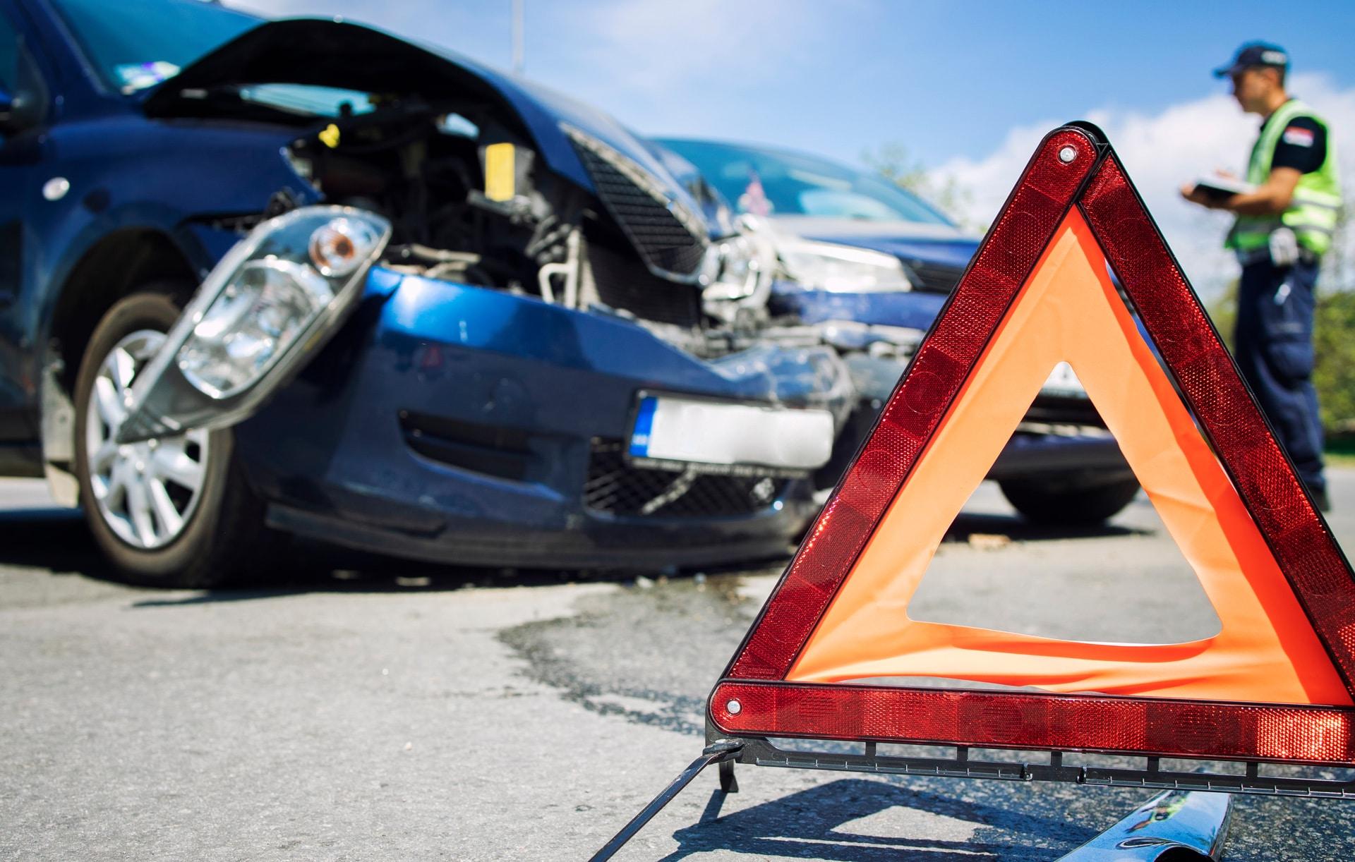 Schwerer Unfall durch ausgerissene Querlenkerbuchse