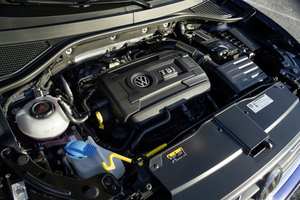 Zahnriemenwechsel bei einem VW T-Roc