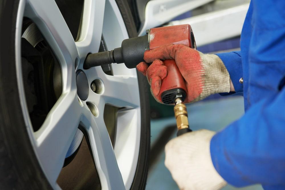 Bremsenwechsel bei einem VW T-Roc